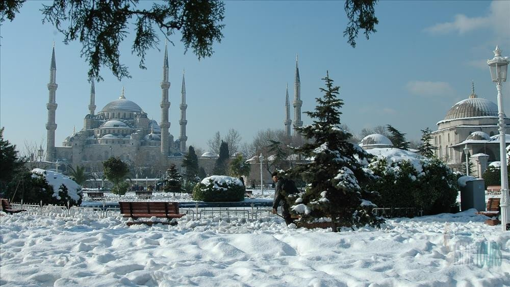 istanbul from Side in winter 2020